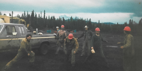 In 1987, hockey players from the Okanagan Indian Band spent a season fighting fires. Now many are evacuated due to White Rock Lake wildfire.